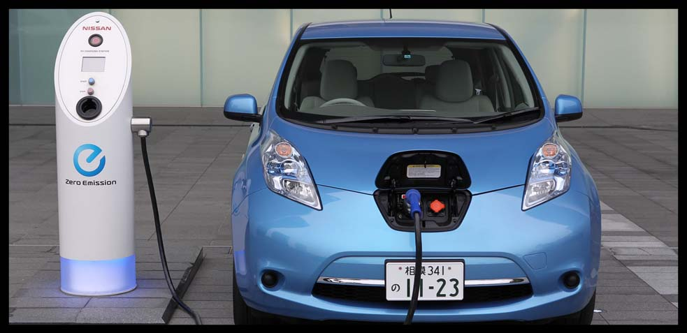 coches híbridos enchufables a la luz