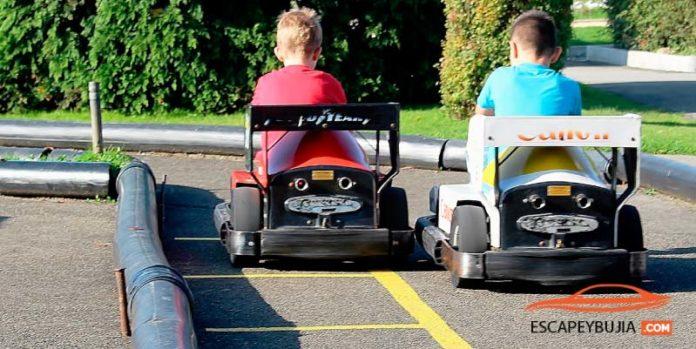 Parque temático de coches: En qué consiste y por qué tiene tanto éxito
