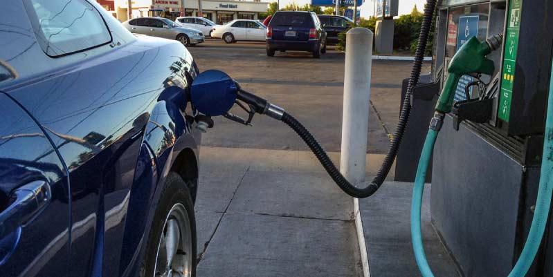 ¿Qué hacer cuando me doy cuenta de que mi coche pierde gasolina?