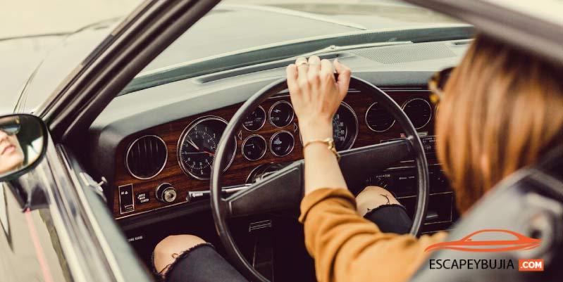 Conducir a bajas revoluciones: ¿Es malo para el motor?