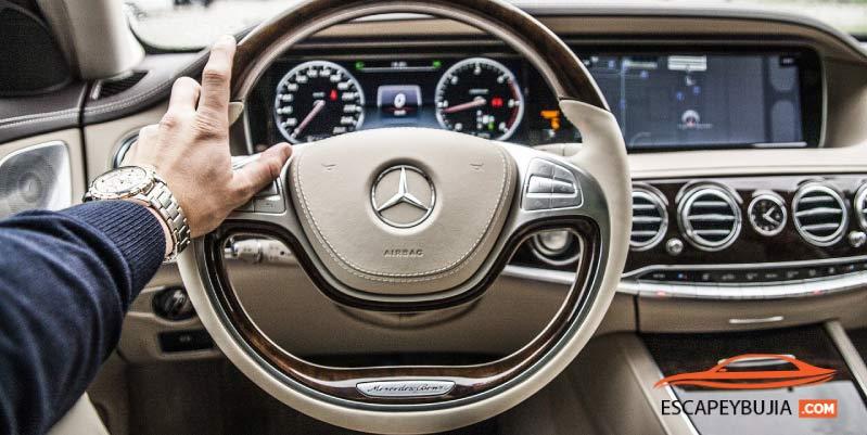 ¿Cuál es la mejor postura para conducir? 10 consejos que te ayudarán